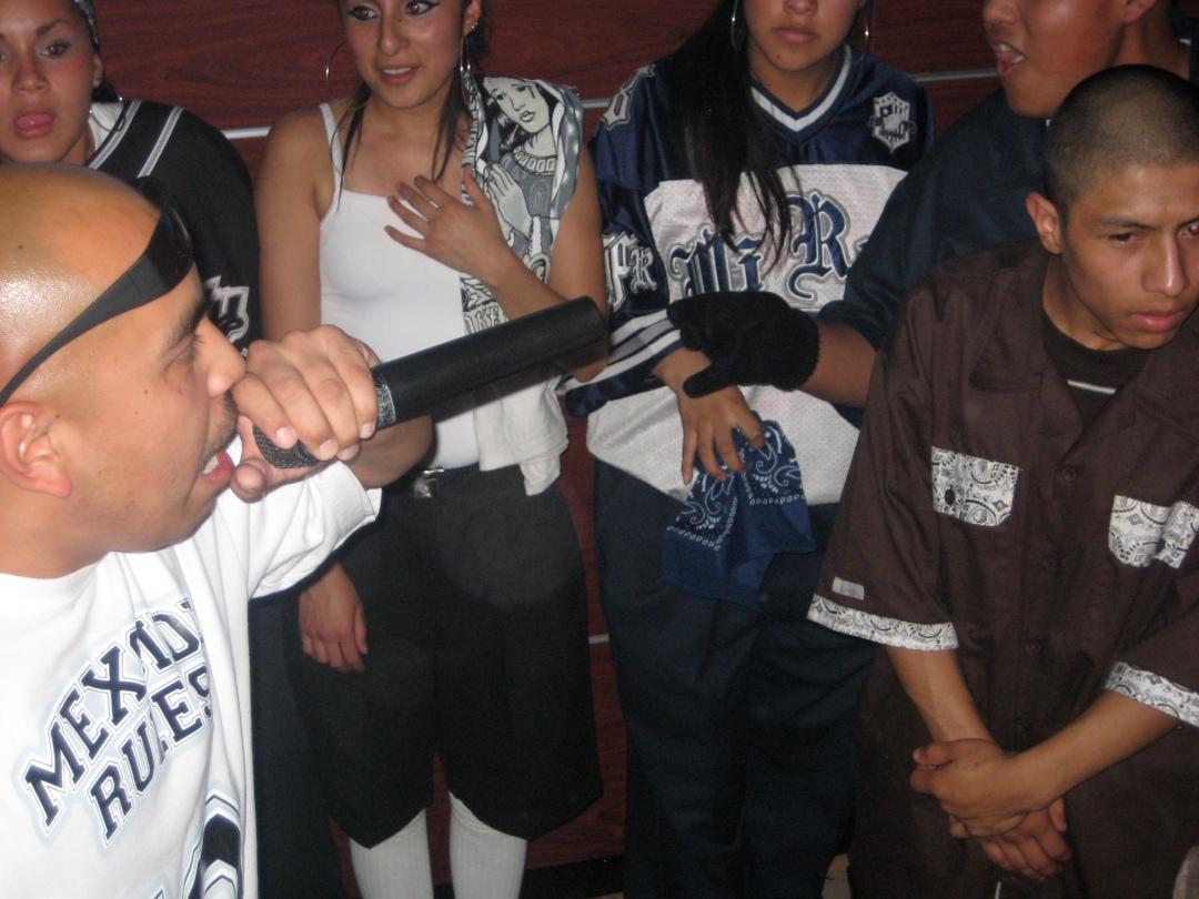 Rapper Tetos gave a controlled performance. Ticoman, D.F.;October 18, 2009